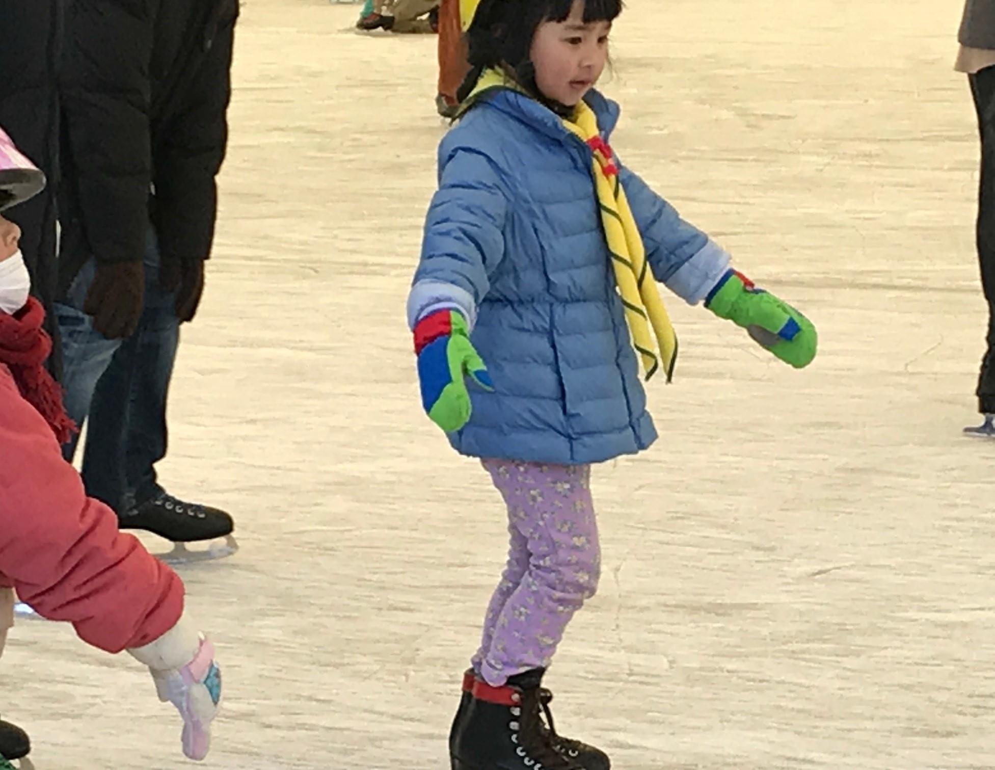 【ビーバー】アイススケートだ